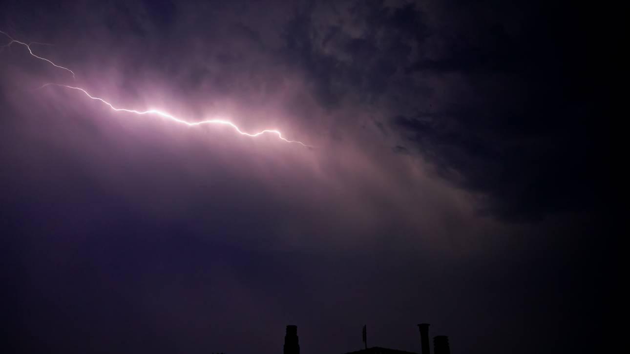 Καιρός: Πάνω από 100 χιλιoστά βροχής στην Ήπειρο - Θυελλώδεις άνεμοι