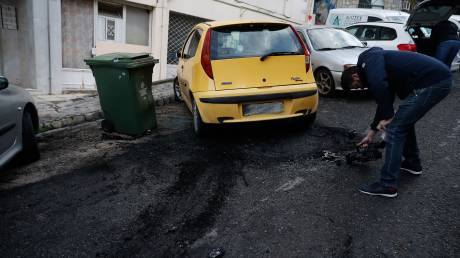 Θεσσαλονίκη: Εικόνες από τον εμπρησμό του αυτοκινήτου του Τούρκου διπλωμάτη