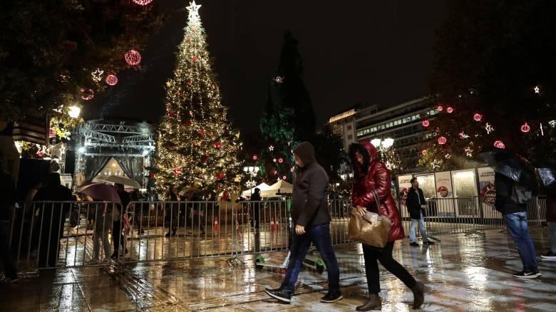 Καιρός: Επιμένουν τα έντονα φαινόμενα ως την παραμονή Χριστουγέννων