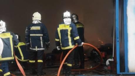 Θεσσαλονίκη: Φωτιά σε αποθήκη - Μεγάλες οι υλικές ζημιές