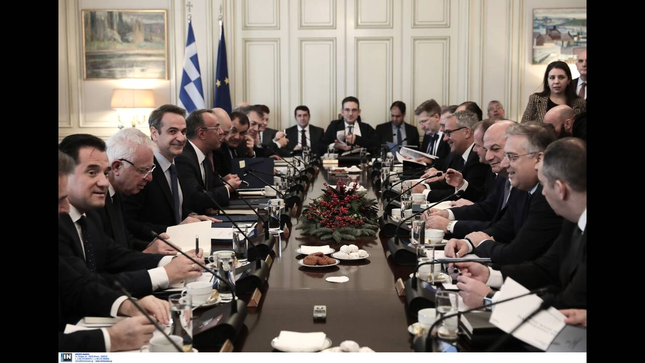 https://cdn.cnngreece.gr/media/news/2019/12/23/201789/photos/snapshot/2799832.jpg