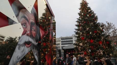 Χριστούγεννα 2019: Τι ώρες θα λειτουργούν τα καταστήματα σε Αθήνα και Θεσσαλονίκη