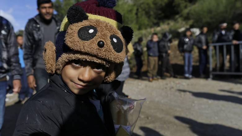 Έκκληση Κομισιόν προς χώρες ΕΕ: Πάρτε τα ασυνόδευτα προσφυγόπουλα της Ελλάδας