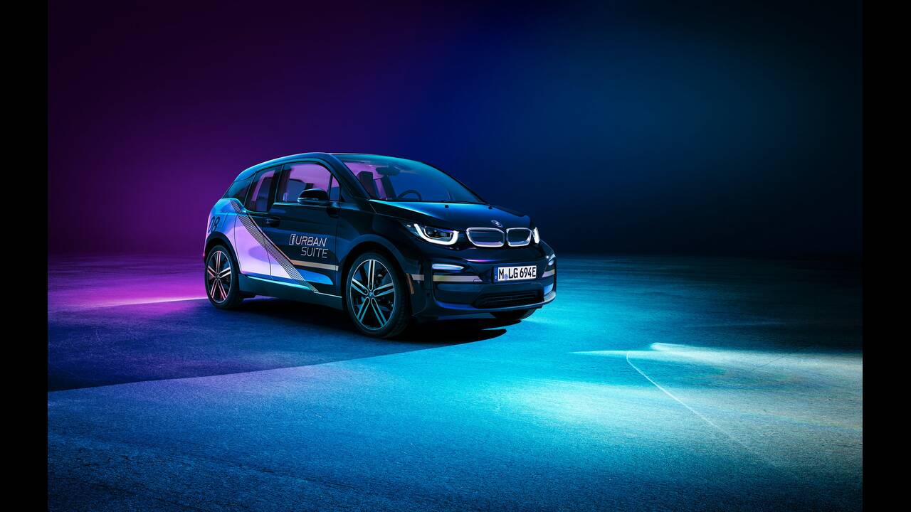 https://cdn.cnngreece.gr/media/news/2019/12/24/201864/photos/snapshot/BMW-URBAN-SUITE-1.jpg