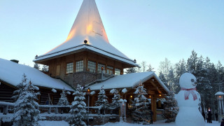 Ροβανιέμι: Πώς μία σκοτεινή πόλη - «φάντασμα» έγινε το σπίτι των Χριστουγέννων