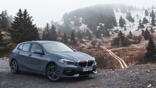 Η νέα BMW Σειρά 1 φιλοξενεί στο «σαλόνι» της μια σειρά επιτυχημένων Αθηναίων