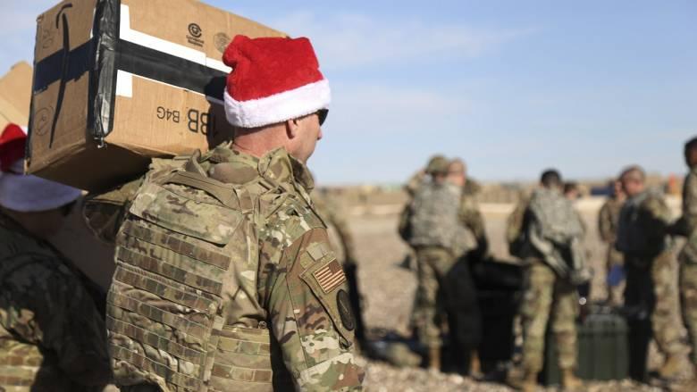 Τα Χριστούγεννα έφτασαν στη Συρία χάρη στην επιχείρηση «Holiday Express»