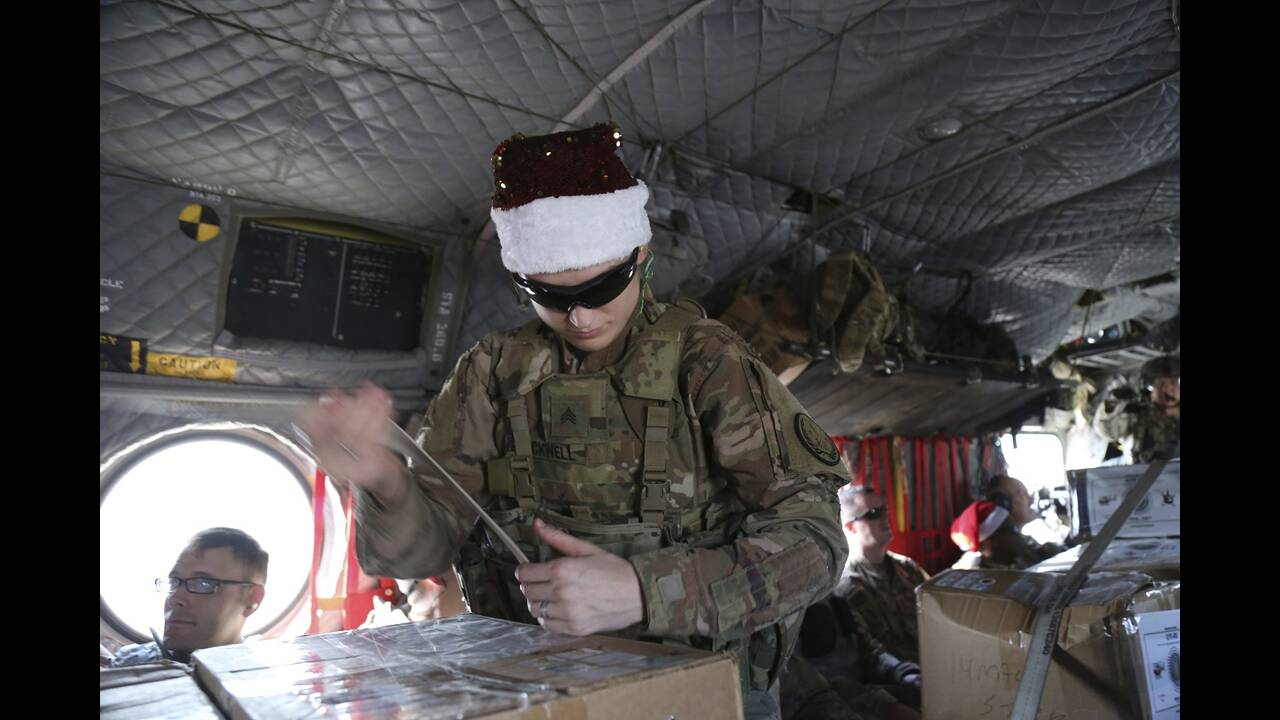 https://cdn.cnngreece.gr/media/news/2019/12/24/201881/photos/snapshot/AP_19358382752660.jpg