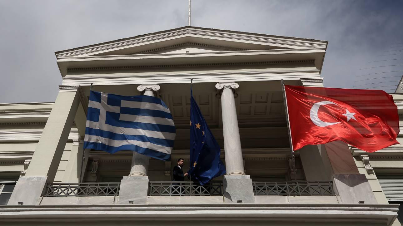 Διπλωματικό προστατευτικό τείχος υψώνει η Αθήνα έναντι της Τουρκίας