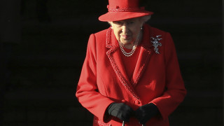 Χωρίς τον πρίγκιπα Φίλιππο η βασίλισσα στη χριστουγεννιάτικη λειτουργία