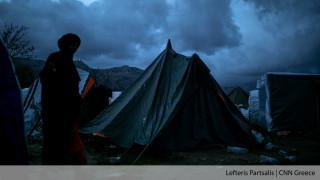Ζωές βυθισμένες στη λάσπη: Το χριστουγεννιάτικο πνεύμα προσπέρασε τη ΒΙΑΛ Χίου