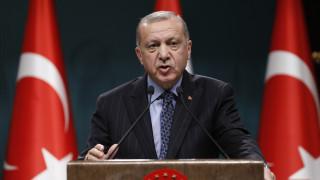 Ανυποχώρητος ο Ερντογάν: Έτοιμος να στείλει στρατεύματα στη Λιβύη