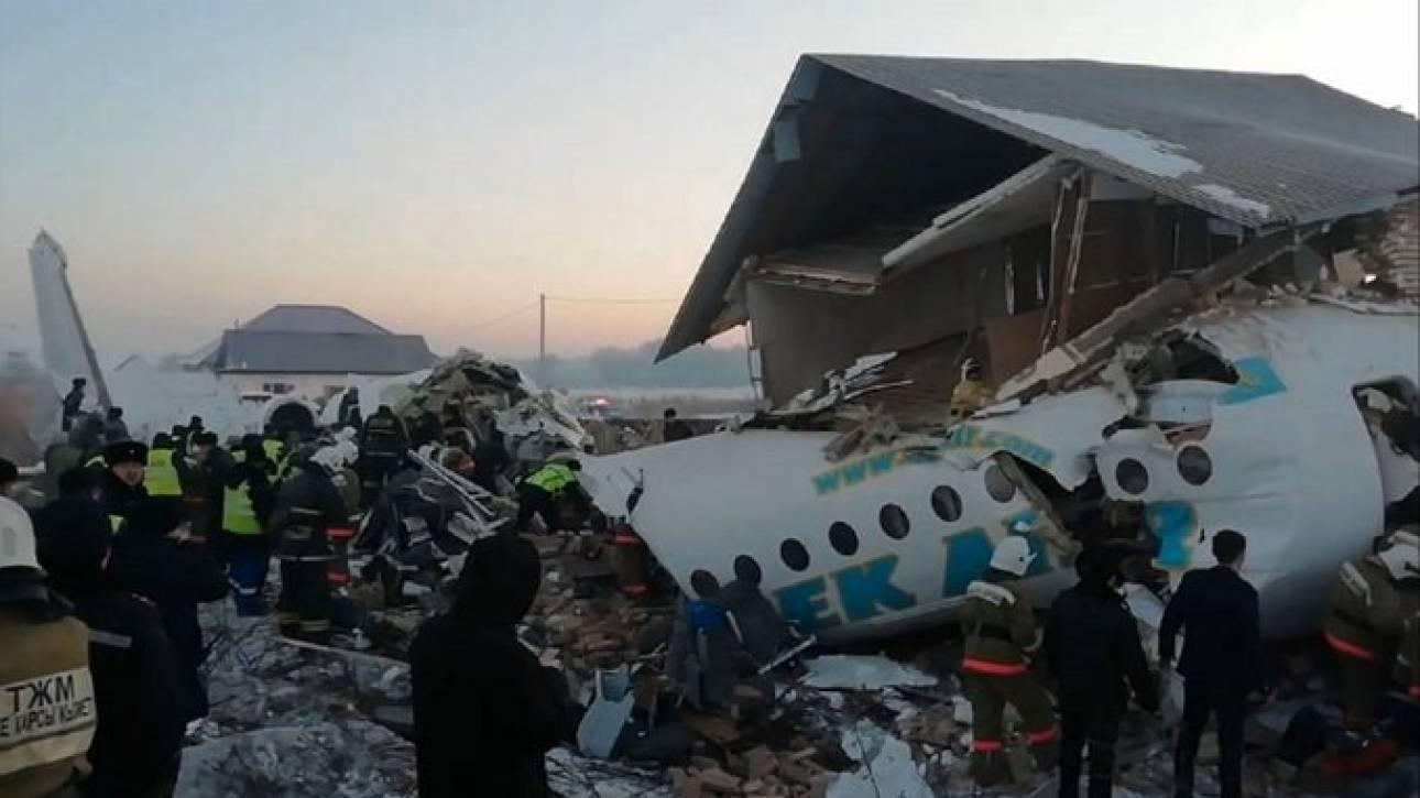 Καζακστάν: Αεροπλάνο με 100 επιβάτες συνετρίβη στο Αλμάτι - Υπάρχουν επιζώντες
