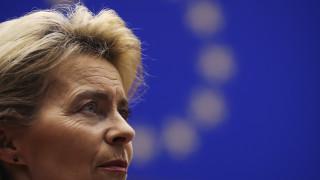 Brexit: «Ανησυχεί πολύ» για τη σχέση Βρετανίας - ΕΕ η Ούρσουλα φον ντερ Λάιεν