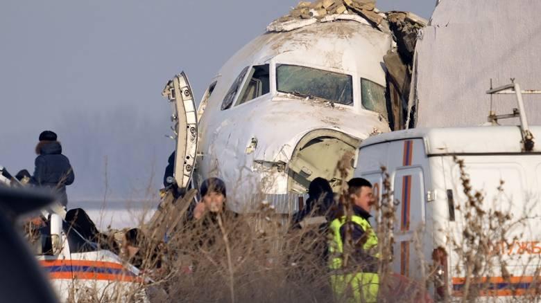 Αεροπορική τραγωδία στο Καζακστάν: Οι πρώτες εκτιμήσεις - Τι λένε οι μάρτυρες