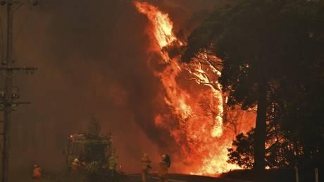 Αυστραλία: Οι φωτιές απειλούν τα αποθέματα νερού στο Σίδνεϋ