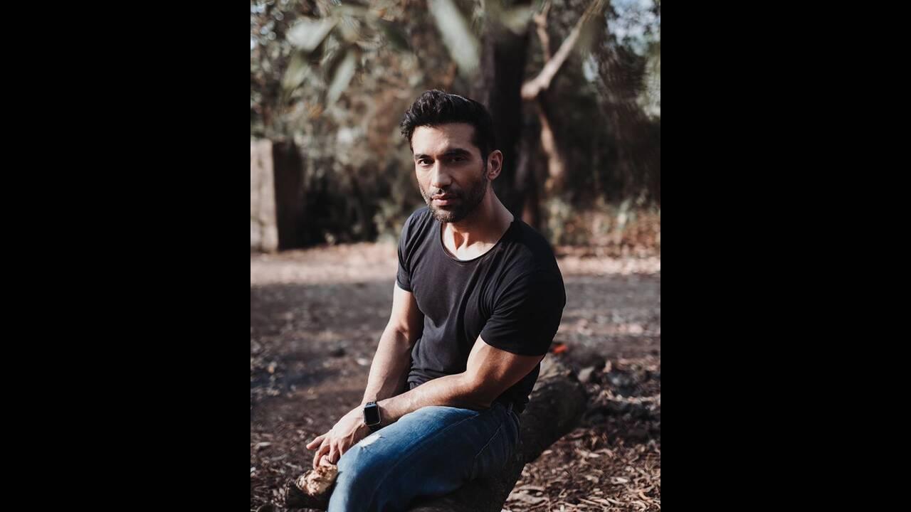 https://cdn.cnngreece.gr/media/news/2019/12/27/202148/photos/snapshot/Punjabi2.jpg