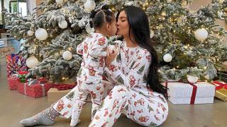 Επίθεση στην Κάιλι Τζένερ για το χριστουγεννιάτικο δώρο στην κόρη της