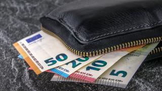 Πώς πληρώνονται όσοι εργάζονται Πρωτοχρονιά και Θεοφάνεια