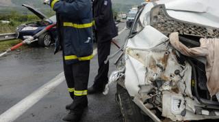 Τραγωδία στην Κομοτηνή: Νεκροί και τραυματίες από σύγκρουση Ι.Χ. με νταλίκα