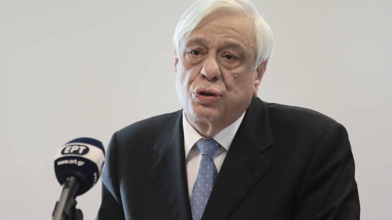 Θάνος Μικρούτσικος - Παυλόπουλος: Μεγάλη απώλεια για την Τέχνη και τον Πολιτισμό