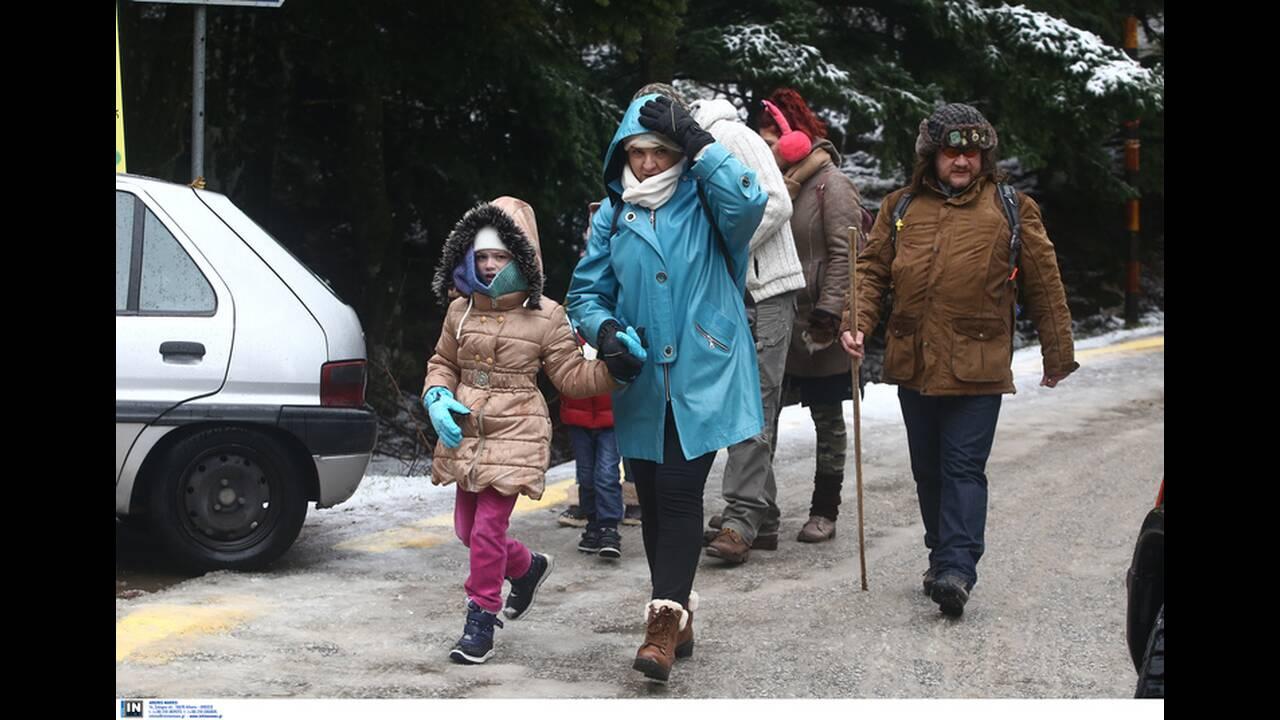 https://cdn.cnngreece.gr/media/news/2019/12/29/202310/photos/snapshot/2801242.jpg
