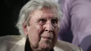 Μίκης Θεοδωράκης για Θάνο Μικρούτσικο: «Τον αποχαιρετώ με οδύνη και πικρία»