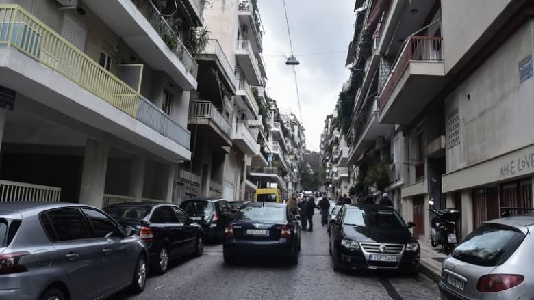 Άγρια δολοφονία στου Γκύζη: Άνδρας εντοπίστηκε φιμωμένος και δεμένος μέσα στο σπίτι του