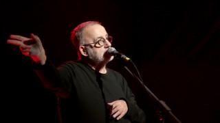 Θάνος Μικρούτσικος: Δημοσία δαπάνη η κηδεία του μουσικοσυνθέτη
