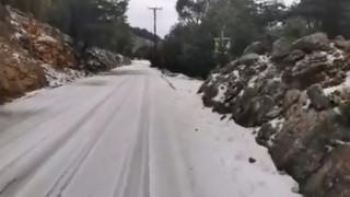 «Ζηνοβία»: Χιόνισε για πρώτη φορά στη Σύμη