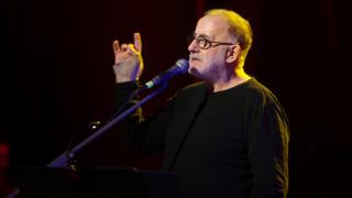 Θάνος Μικρούτσικος: Σήμερα η πολιτική κηδεία του μεγάλου μουσικοσυνθέτη