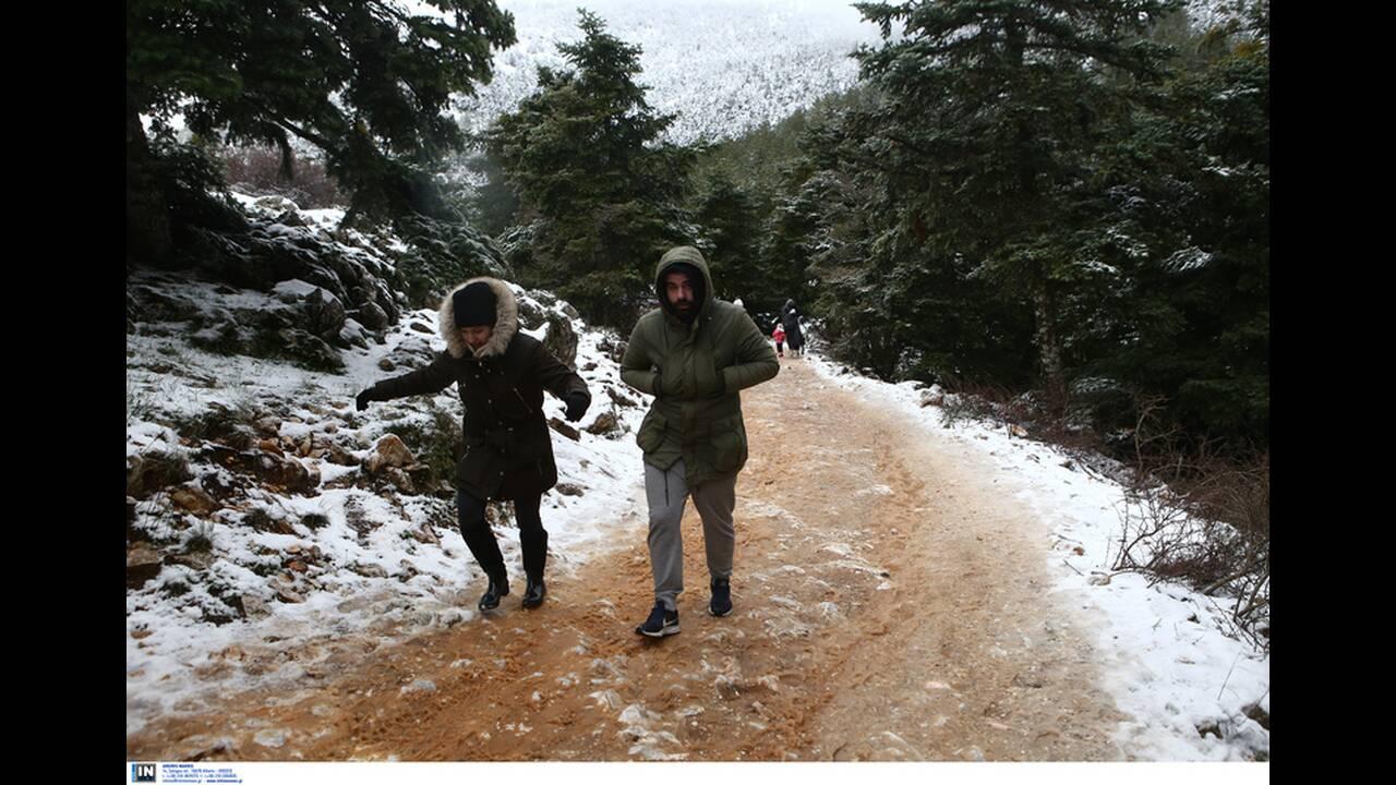 https://cdn.cnngreece.gr/media/news/2019/12/30/202413/photos/snapshot/2801233.jpg