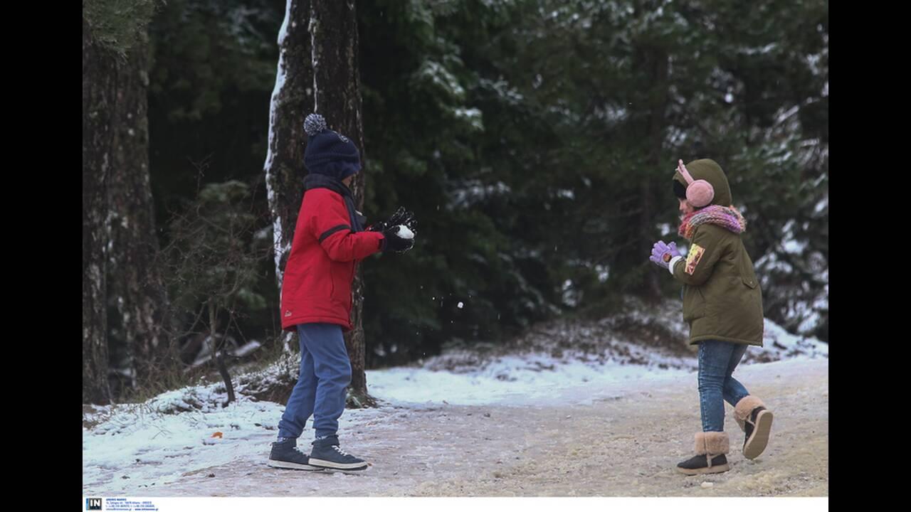 https://cdn.cnngreece.gr/media/news/2019/12/30/202413/photos/snapshot/2801248.jpg