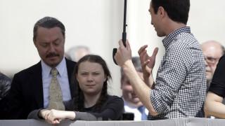 Γιατί ο πατέρας της Γκρέτα Τούνμπεργκ «ανησυχεί πολύ για την κόρη του»