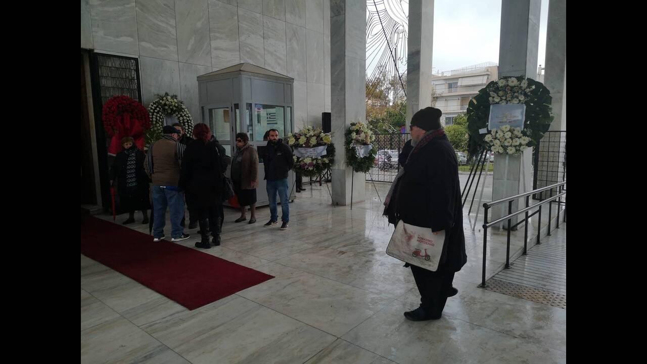 https://cdn.cnngreece.gr/media/news/2019/12/30/202429/photos/snapshot/81721503_2643151789087323_3692273617892016128_n.jpg