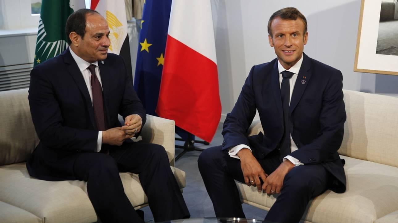 Συνεργασία Μακρόν – Σίσι για εξεύρεση πολιτικής λύσης στην κρίση στη Λιβύη