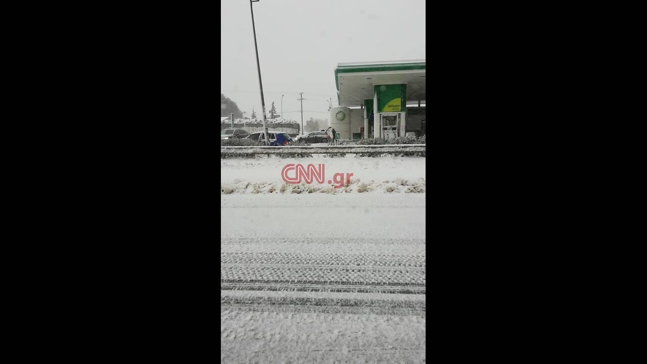 https://cdn.cnngreece.gr/media/news/2019/12/31/202493/photos/snapshot/81410030_584609782085751_1252553634793652224_n.jpg