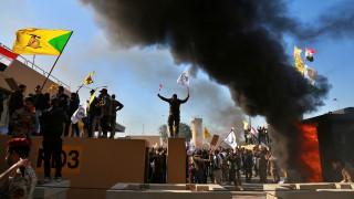 Ιράκ: Απόπειρα εισβολής στην αμερικανική πρεσβεία στη Βαγδάτη