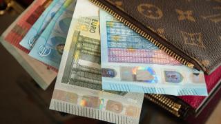 Πρωτοχρονιά και Θεοφάνεια: Πώς θα πληρωθούν οι εργαζόμενοι