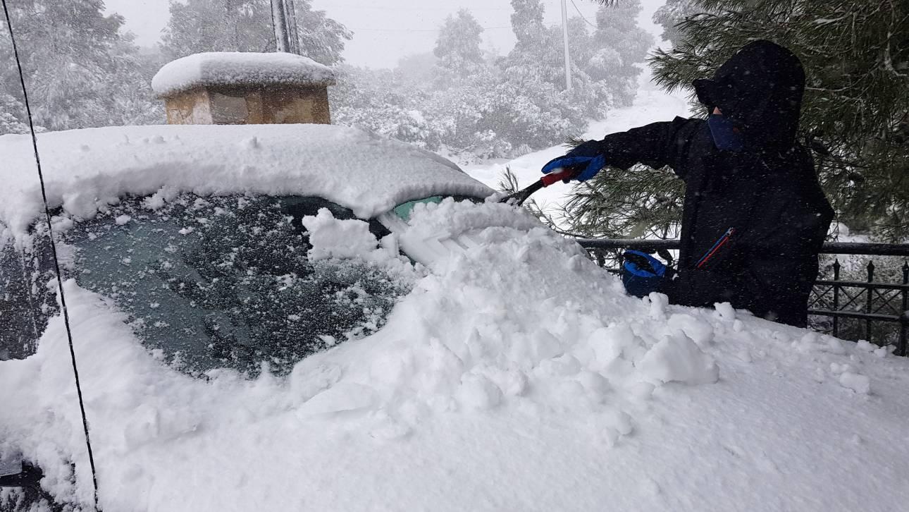 Καιρός: Καταιγίδες και χιόνια την Παρασκευή - Πότε έρχεται νέο ψυχρό κύμα