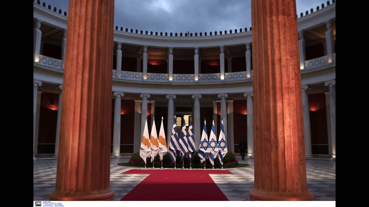 https://cdn.cnngreece.gr/media/news/2020/01/03/202777/photos/snapshot/2804282.jpg