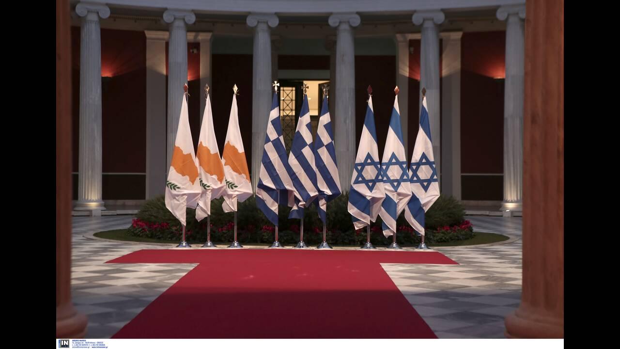 https://cdn.cnngreece.gr/media/news/2020/01/03/202777/photos/snapshot/2804283.jpg