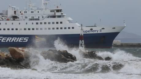 Απαγορευτικό απόπλου: Σταδιακή άρση από τα λιμάνια Πειραιά, Ραφήνας και Λαυρίου