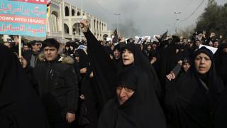 Κηδείες σε Ιράκ και Ιράν για τον Κασέμ Σουλεϊμανί