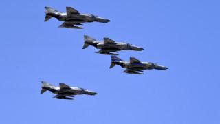 Εικονικές αερομαχίες στο Αιγαίο με τουρκικά μαχητικά
