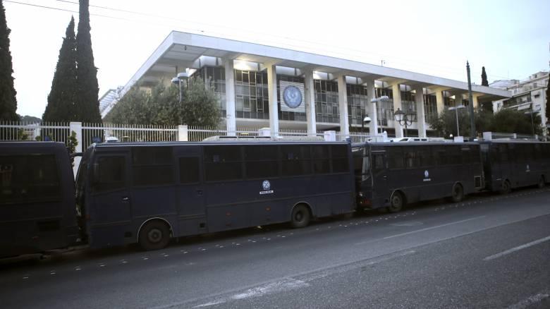 Δολοφονία Σουλεϊμανί: Έκτακτα μέτρα ασφαλείας στην Αθήνα – «Φρούριο» οι πρεσβείες ΗΠΑ – Ισραήλ
