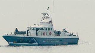 Συναγερμός στο Λιμενικό: Έρευνες για τον εντοπισμό ναυτικού που έπεσε στη θάλασσα