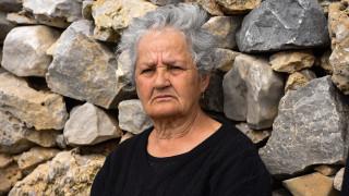 Καρέ – καρέ η επιχείρηση διανομής τροφίμων στην κυρία Ρηνιώ
