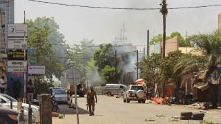 Τραγωδία στην Μπουρκίνα Φάσο: Έκρηξη σε σχολικό λεωφορείο - 14 νεκροί