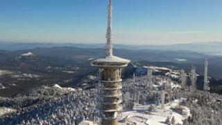 Στα «λευκά» η Πάρνηθα: Το αλπικό τοπίο της Αττικής από ψηλά